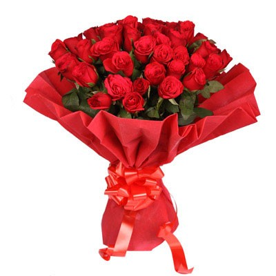 Bunch of 40 red roses.