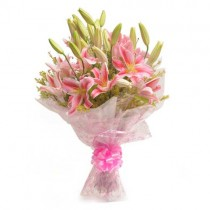Bunch of 6 pretty pink lilies.