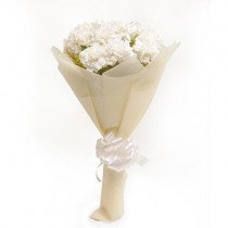 A lovely bunch of 10 white carnations with fillers.